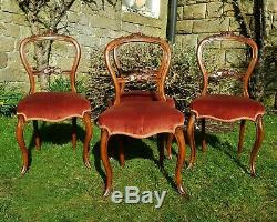 Victorian Carved Walnut Balloon Back Set of 4 Upholstered Dining Chairs C1870